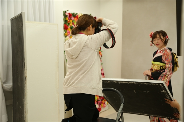 トータルフォトスタジオCocoの店内ギャラリー。写真館内の雰囲気をお伝えします。