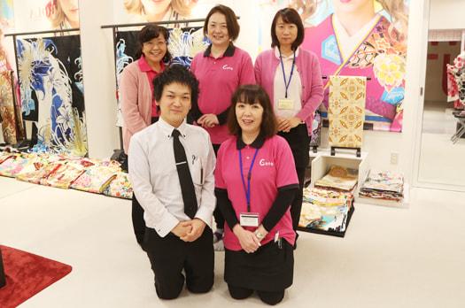 スタジオCoco 名古屋みなと店の店内ギャラリー。写真館内の雰囲気をお伝えします。